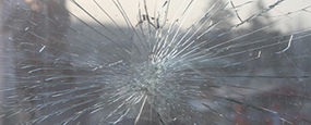 cracked-glass-services1